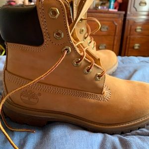 Timberland Boots, size 6, gently worn